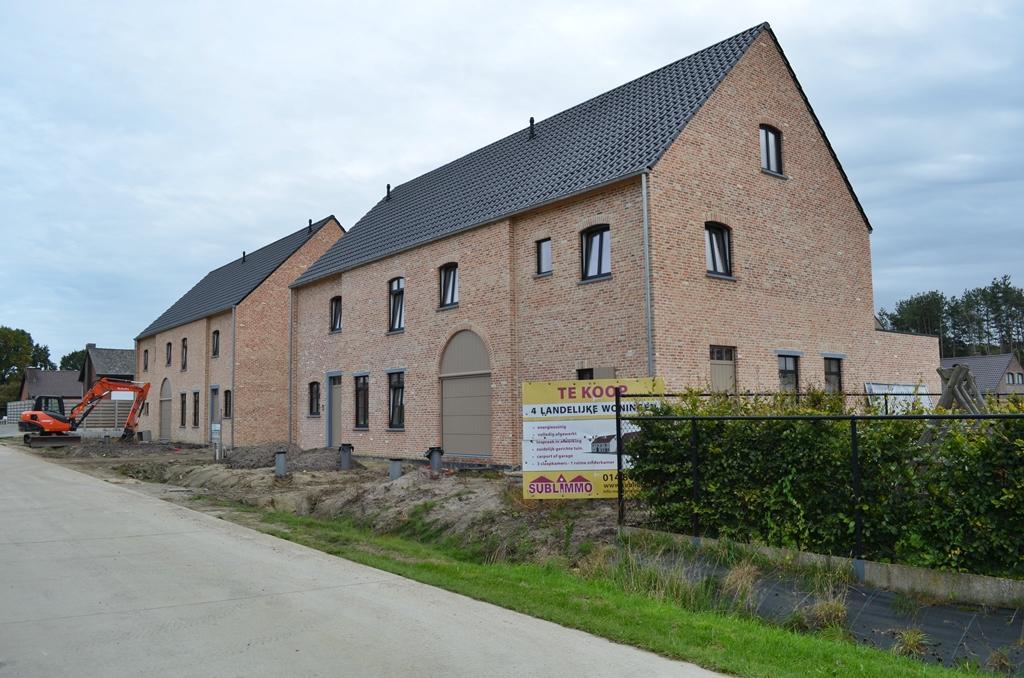 Sublimmo vastgoed 4 kwaliteitsvolle nieuwe woningen in for Landelijke woning te huur
